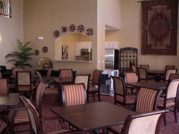 Cortina D'Arroyo Grande Community Room
